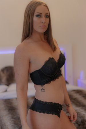 Léna-rose incall escorts in Brent