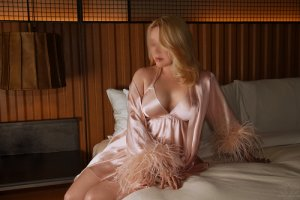 Mary-eve independent escorts
